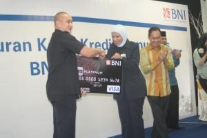 Prosesi Peluncuran Kartu Kredit BNI