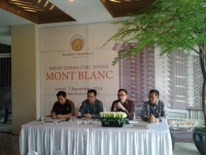Arvin F. Iskandar (dua dari kanan) saat Press Conference