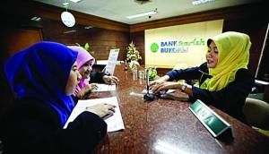 Suasana di salah satu Counter Perbankan Syariah yang melayani Nasabah