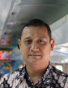 Edy Mulyadi, Direktur Program Centre for Economic & Democracy Studies (CEDeS)