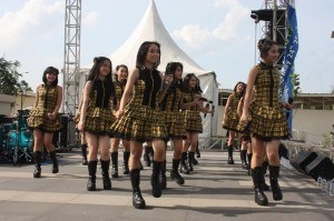 Performance JKT48 di Grand Opening Go Wet Water Park, 24 Mei 2015