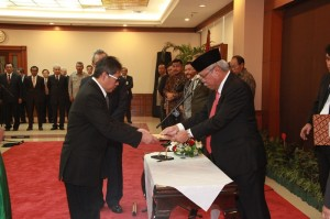 Menteri Pupera Basuki Hadimuljono melantik dan mengambil sumpah jabatan Syarif Burhanuddin sebagai Direktur Jenderal Penyediaan Perumahan