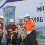 Prosesi Topping Off Tower Mahogany, The Oasis Cikarang, Sabtu 13 Juni 2015