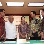 Diru Perumnas Himawan Arief, Mentri PUPR Basuki hadimuljono, Mentri BUMN Rini Suwandi, Gubuernu Jakarta  Basuki Tjahja Purnama, Direktur PT Jakpro Abdul Hadi