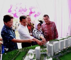 Direksi Sentul City dan AEON Mall usai penandatanganan kerjasama