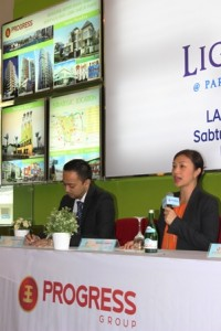 Commissioner Progress Group Derice Sumantri menjelaskan konsep Lightscape