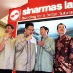 Group CEO Sinar Mas Land, Michael Widjaja (ketiga dari kiri) bersama Direktur BCA, Armand W. Hartono (ketiga dari kanan) didampingi jajaran petinggi Sinar Mas Land dan BCA, meresmikan pembukaan BCA Expo dan Autoshow di Indonesia Convention Exhibition (ICE) BSD City.