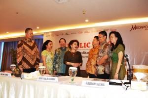 Komisaris dan Dewan Direksi PT Megapolitan Developments Tbk usai RUPS