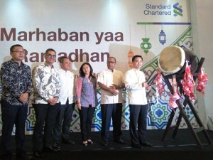Standard Chartered jalin kerjasama strategis dengan Hong Kong Disneyland