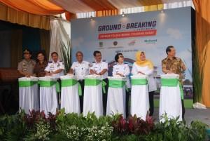 Prosesi Peresmian Stasiun Telaga Murni oleh Direksi Metropolitan Land dan pejabat Kabupaten Bekasi