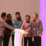 Wapres RI Jusuf Kalla meresmikan GIIAS 2016 di ICE BSD, Serpong
