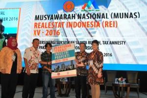 Peluncuran Buku Peraturan Terkait Industri Properti 2014-2016