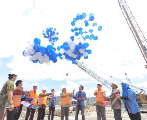 Pelepasan balon menandai mulai dibangunnya apartemen Verdura, Sentul City