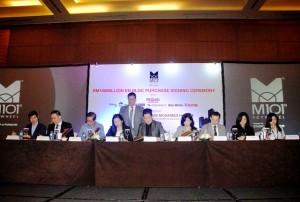 Penandatanganan kerjasama tujuh master franchise agen properti yang akan pasarkan M101 SkyWheel , Kuala Lumpur, Malaysia
