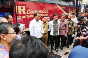 Prosesi peluncuran Bus JR Connexion di ITC Mangga Dua