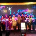 Para penerima penghargaan Rumah Kartini Bank BTN bersama Direktur Utama Bank BTN Maryono