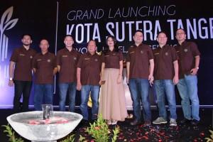 Jajaran Direksi dan Manajemen MAS Group saat peresmian Kota Sutera Tangerang, Minggu (14/05) di Novotel Tangerang.