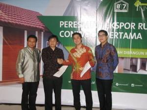 PT CONWOOD Indonesia menjadi perusahaan pertama di Indonesia yang melakukan ekspor rumah rakyat