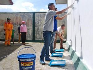 Aktifitas CSR Jotun Warnai Dunia 2017 di Lombok
