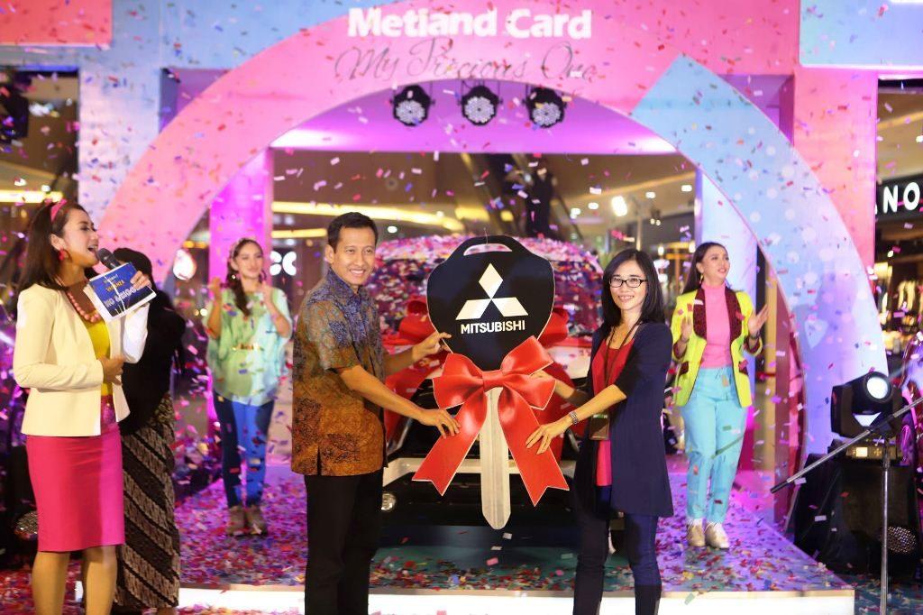 Metland Card