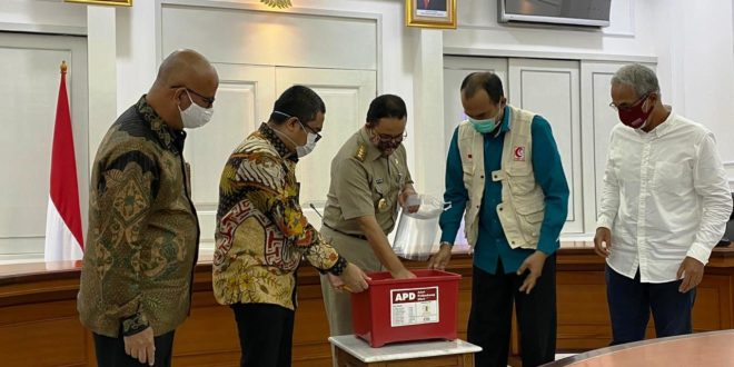 REAL Repower Asia Salurkan APD Senilai Rp 1 Miliar ke Pemda DKI Jakarta | | Property & Bank